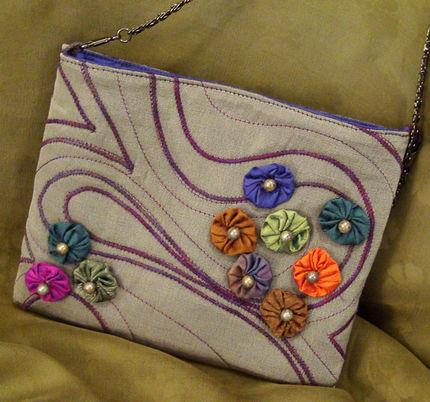 کیف با تزئین گل پارچه ای یو یو